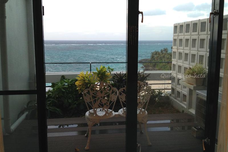 ムーンビーチパレスホテルのベランダ