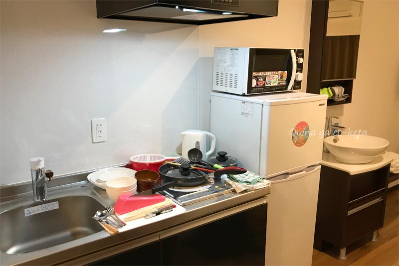 キッチンと洗面台(Mr.KINJO in 西崎 別館/糸満市)