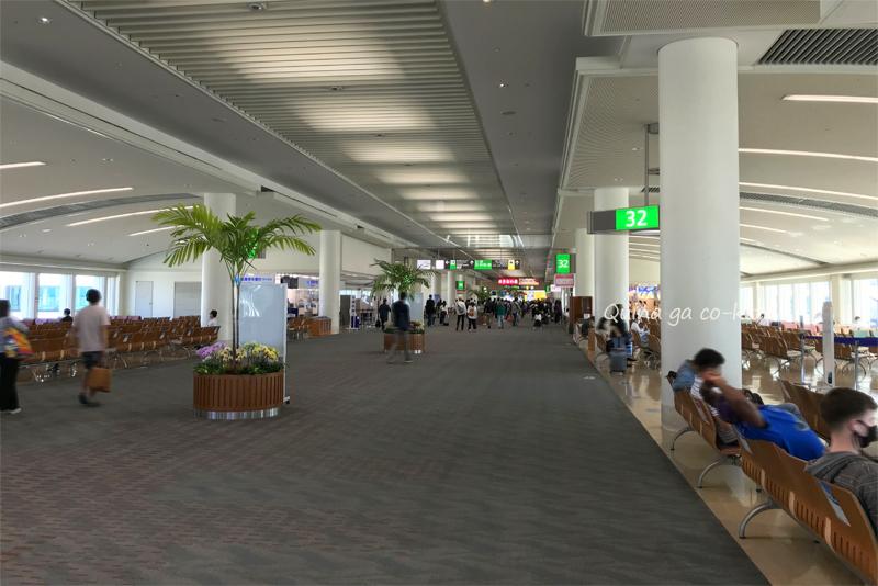 少し人が増えていた那覇空港(2020年10月14日撮影)