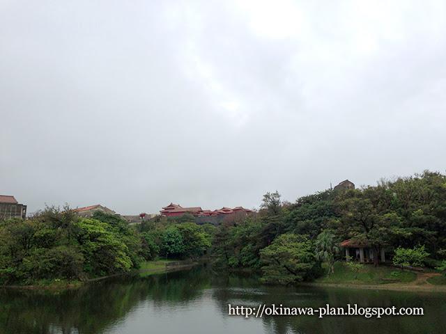 ブラタモリ沖縄-首里編首里周辺の散策は龍潭池から
