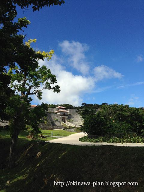 梅雨入り直前の首里城公園(2015年5月18日)