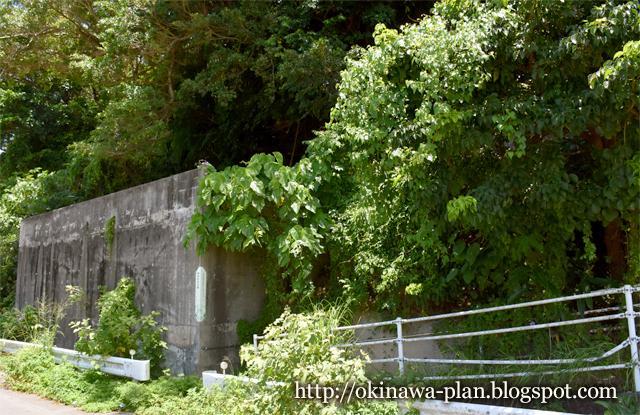 沖縄本島の史跡めぐり(伊波按司の墓・外観/うるま市石川山城)