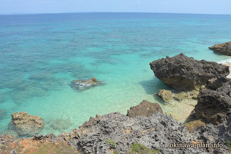 4月の透き通った青い海(久高島)