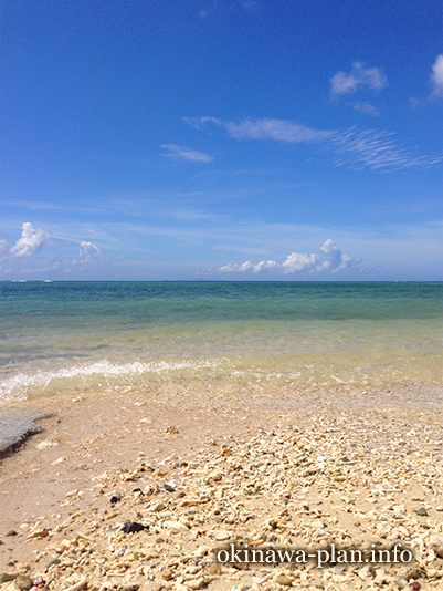 7月の瀬底ビーチ(国頭郡本部町)
