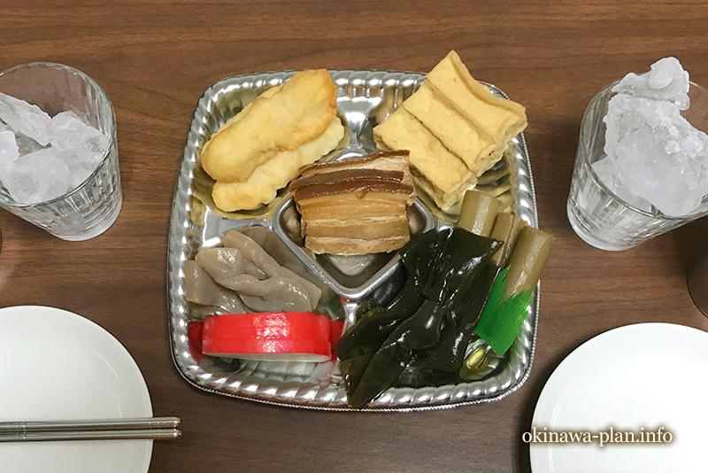 沖縄で食べた旧盆用オードブル