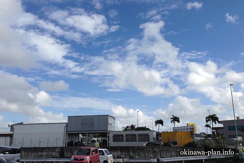 12月の沖縄の天気(2016年12月21日14:20沖縄県豊見城市にて)
