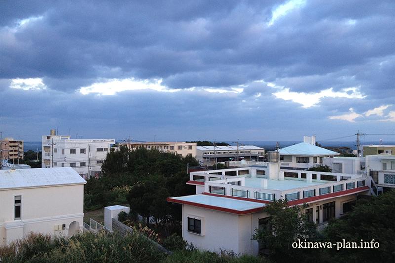 12月の沖縄の天気(2016年12月30日7:37沖縄県中頭郡読谷村付近)
