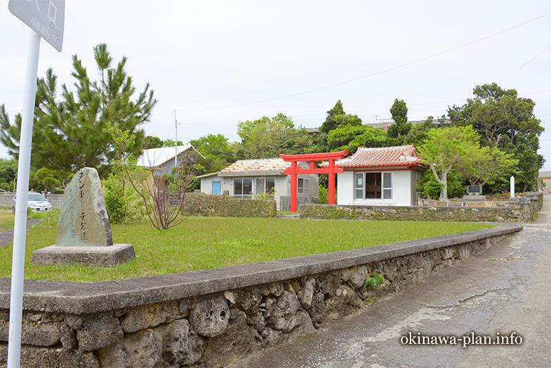 伊計集落のヌンドゥンチ(うるま市伊計島)
