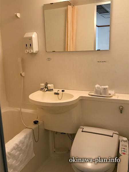 沖縄サンプラザホテルのバス・トイレ