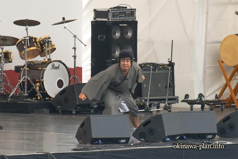 ムジークフェストなら2018沖縄フェストの護得久栄昇先生