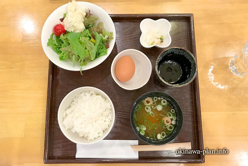 奈良のおいしい朝食(奈良のうまいものプラザ内)